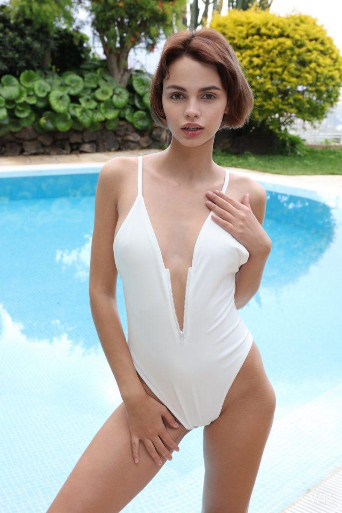 Beautiful woman nude