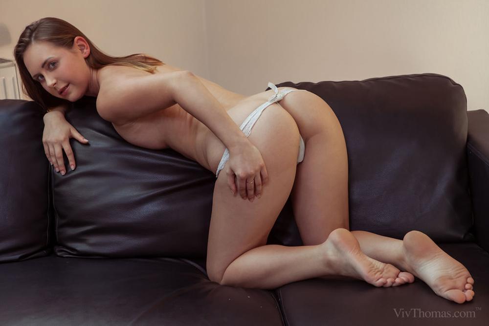 Naked beautiful women