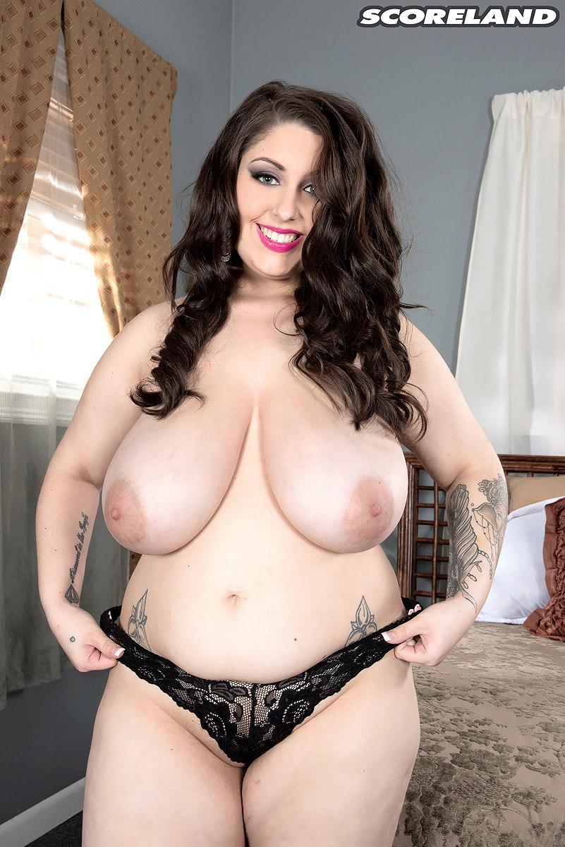 Allie Pearson Nude