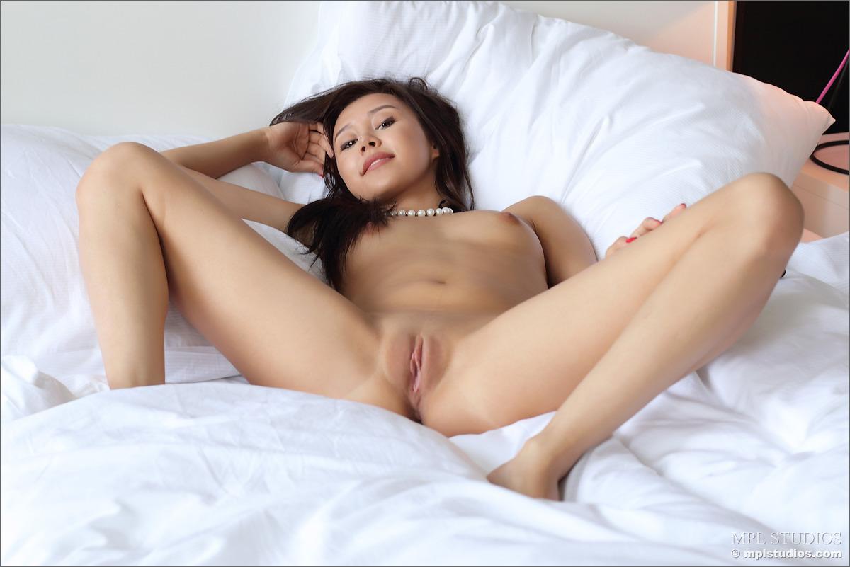 Kat Young Porn Photo